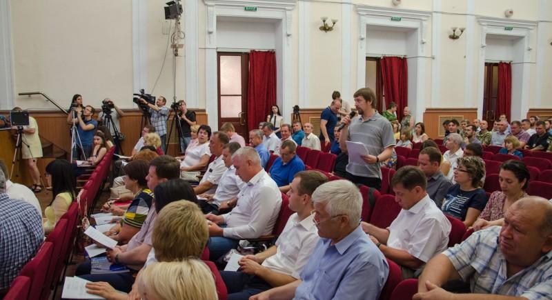 Перемирие в городском совете: компромисс или затишье перед бурей?